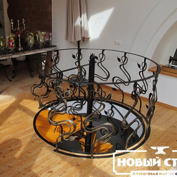 Балюстрада винтовой лестницы