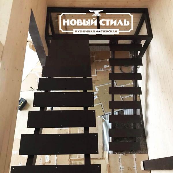 Лестница из металла на заказ