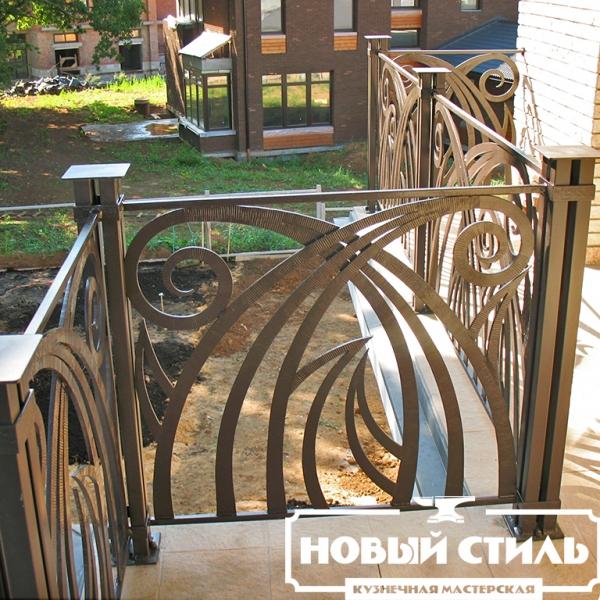 Ковное ограждение балкона